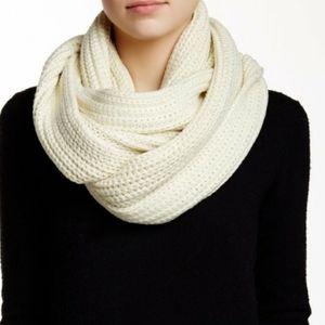 J.CREW Chunky Knit Cream Infinity Scarf